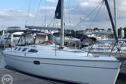 Hunter 386 for sale in United States of America for $89,000 (£63,736)