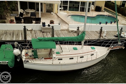 Island Packet 31 for sale in United States of America for $39,900 (£28,855)