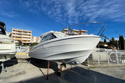 Beneteau Antares 8 OB for sale in France for €80,000 (£69,052)