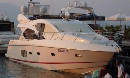 Image of Sunseeker Manhattan 60 for sale in Italy for €690,000 (£592,061) Rome, Italy