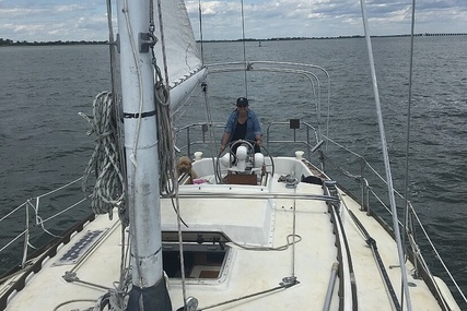 Mariner M36 for sale in United States of America for $21,650 (£15,544)