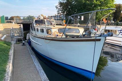 32ft. RAMPART MOTOR CRUISER for sale in United Kingdom for £25,000