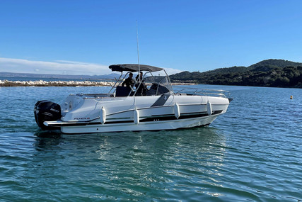 Beneteau Flyer 8.8 SpaceDeck for sale in France for €93,000 (£80,323)