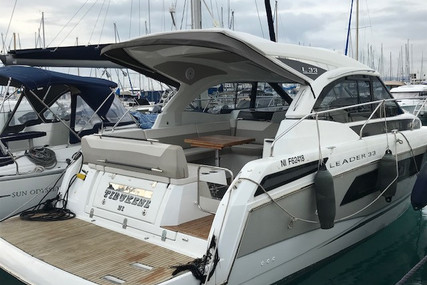 Jeanneau Leader 33 for sale in France for €198,000 (£170,534)