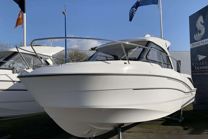 Beneteau Antares 7 OB for sale in France for €59,000 (£50,816)