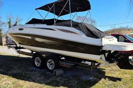 Sea Ray 260 Sundeck for sale in United States of America for $68,999 (£49,467)