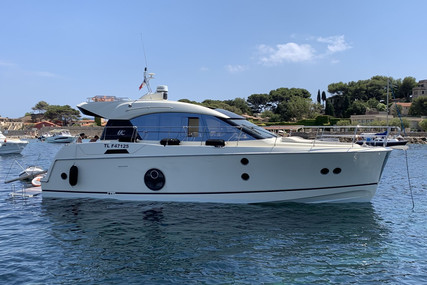 Beneteau MC 5 S for sale in France for €330,000 (£284,839)