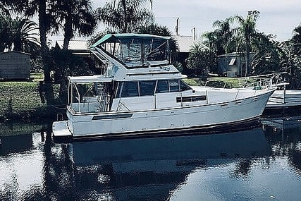 Bayliner 3870 for sale in United States of America for $33,000 (£23,659)