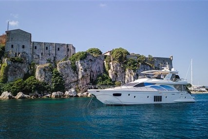 Azimut Yachts 78 Flybridge for sale in France for €1,850,000 (£1,605,582)