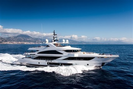Majesty 140 for sale in France for $18,500,000 (£13,378,749)