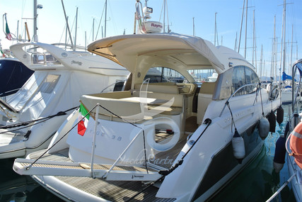 Prestige 38 S for sale in Italy for €145,000 (£124,419)