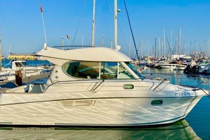 Jeanneau Merry Fisher 805 for sale in Spain for €24,000 (£20,671)