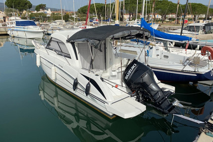 Beneteau Antares 7 OB for sale in France for €54,000 (£46,610)