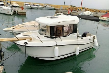 Quicksilver 560 PILOTHOUSE for sale in Spain for €22,500 (£19,379)