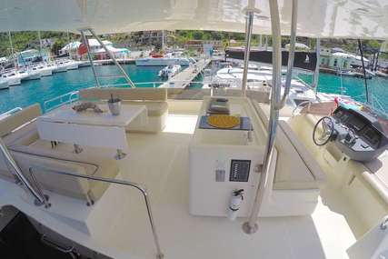 Aquila 48 for sale in United States of America for $525,000 (£379,464)