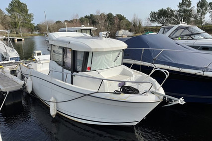 Jeanneau Merry Fisher 695 Marlin for sale in France for €39,000 (£33,590)