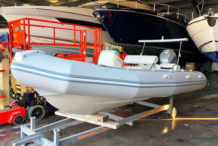 Zodiac YACHTLINE 600 for sale in France for €12,500 (£10,766)