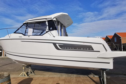 Jeanneau Merry Fisher 795 for sale in France for €64,500 (£55,345)