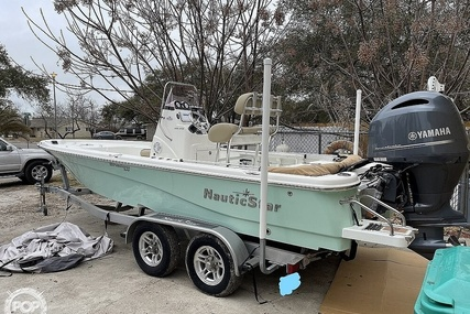 NauticStar 215 XTS for sale in United States of America for $49,990 (£36,004)
