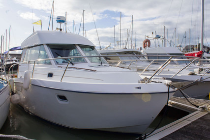 Beneteau Antares 9 for sale in France for €45,000 (£38,613)