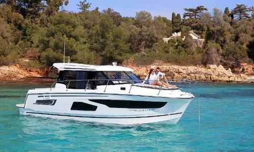 Image of Jeanneau Merry Fisher 1095 Legend for sale in United Kingdom for £210,007 Swanwick, United Kingdom