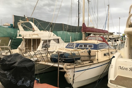 Solaris Yachts Woolston southampton UK CHEROKEE for sale in Spain for £54,000