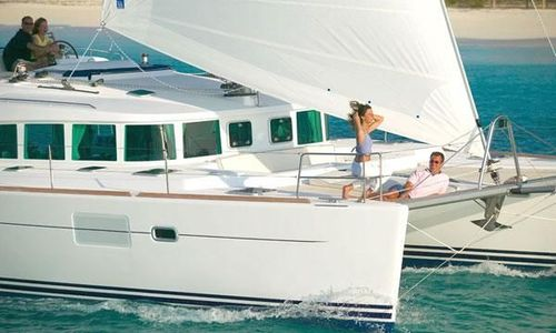 Image of Lagoon 440 for sale in Turkey for $401,380 (£284,885) MUĞLA , Turkey