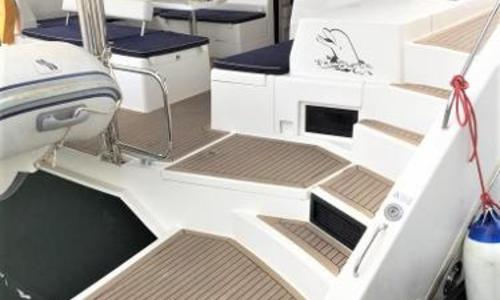 Image of Leopard 43 Powercat for sale in France for €385,000 (£335,100) Hyères, France