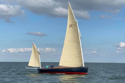 Nigel Irens Roxane for sale in Netherlands for €39,500 (£34,005)