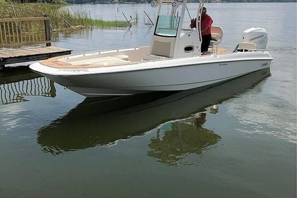 Boston Whaler Dauntless Pro 240 for sale in United States of America for $146,000 (£106,051)