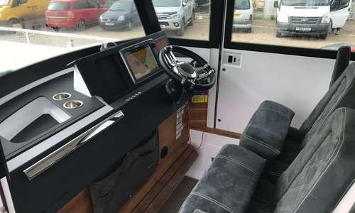Image of Axopar 28 CABIN for sale in United Kingdom for £114,950 Boats.co., United Kingdom