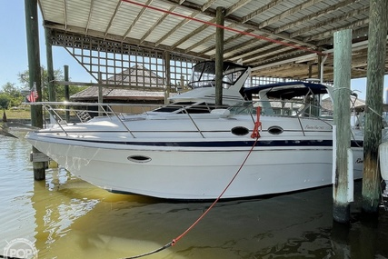 Rinker Fiesta Vee 340 for sale in United States of America for $55,600 (£39,757)