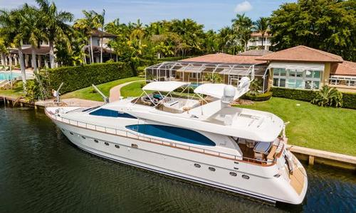 Image of Azimut Yachts 78 Ultra Motoryacht for sale in United States of America for $850,000 (£609,101) Coral Gables, FL, United States of America