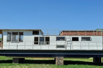 Lazydays 50' for sale in United States of America for $34,500 (£24,866)