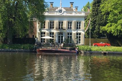 Hacker Boat Triple Cockpit Runabout 26ft for sale in Netherlands for €125,000 (£107,023)