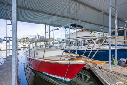 Hunt Yachts Surfhunter for sale in United States of America for $185,000 (£131,306)