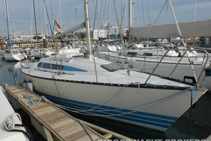 X-Yachts X-342 for sale in Portugal for €40,000 (£34,727)