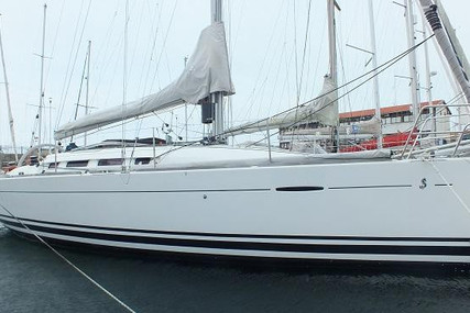 Beneteau First 35 for sale in Portugal for €98,000 (£85,013)