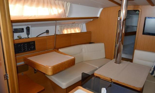 Image of Jeanneau Sun Odyssey 36i for sale in Portugal for €85,000 (£73,927) Lisboa, , Portugal