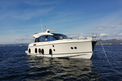 Beneteau MC 5 S for sale in France for €460,000 (£399,934)