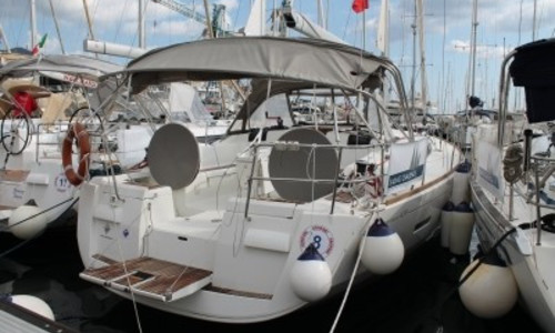 Image of Jeanneau Sun Odyssey 439 for sale in Italy for €129,000 (£110,725) PALERMO, Sicilia, , Italy