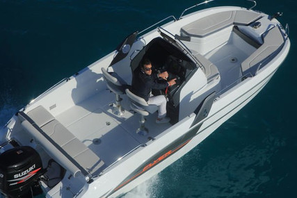 Beneteau Flyer 6 Spacedeck for sale in Italy for €35,900 (£31,229)