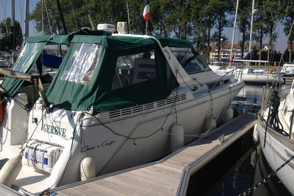 Chris-Craft 360 EXPRESS CRUISER for sale in France for €65,000 (£55,959)
