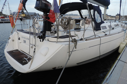 Dufour Yachts 455 Grand Large for sale in France for €80,000 (£69,310)