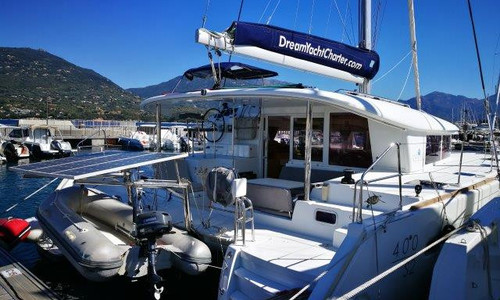 Image of Lagoon 400 S2 for sale in France for €260,000 (£223,837) Saint-Mandrier-sur-Mer, Saint-Mandrier-sur-Mer, , France