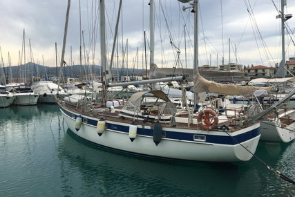 Hallberg-Rassy 42 for sale in Italy for €95,000 (£81,682)