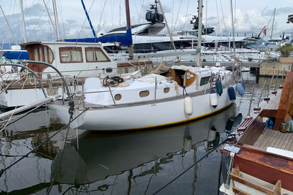 FONTWELL MARINE SLOOP for sale in Italy for €25,000 (£21,522)