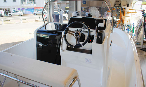 Image of Beneteau Flyer 6 Spacedeck for sale in France for €38,986 (£33,399) manche, , France