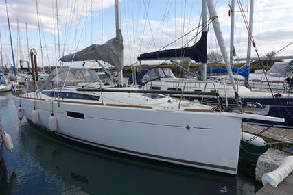 Jeanneau Sun Odyssey 349 Lifting Keel for sale in United Kingdom for £148,000