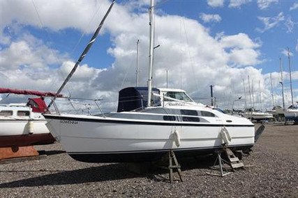 MAC GREGOR 26 M for sale in United Kingdom for £17,000 ($23,728)